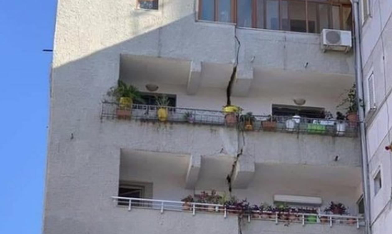 Σεισμός στην Αλβανία: Συγκλονίζουν οι εικόνες - «Άνοιξαν» κτήρια, αυτοκίνητα κόπηκαν στη μέση