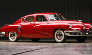 Αυτό το εξωτικό Tucker 48 του 1948 πουλήθηκε σχεδόν 1.000.000 δολάρια