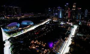 Πόσα κιλά χάνουν οι πιλότοι κατά τη διάρκεια του Γκραν Πρι της Σιγκαπούρης;