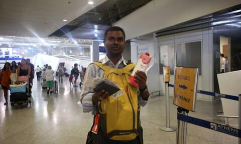 Σύροι πρόσφυγες προσπάθησαν να φύγουν από το Ελ. Βενιζέλος ντυμένοι βολεϊμπολίστες