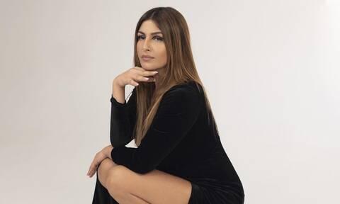 Νέα «καυτή» φωτογραφία της Έλενας Παπαρίζου!