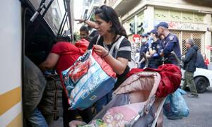 Εξάρχεια: Ακόμη μία «έφοδος» της ΕΛ.ΑΣ. σε υπό κατάληψη κτήριο - Απομακρύνθηκαν 130 άτομα
