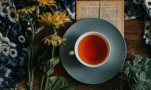 Το τσάι κάνει καλό στον εγκέφαλό, σύμφωνα με μια έρευνα