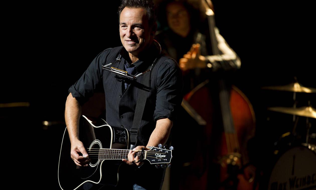 Ο Bruce Springsteen γίνεται 70 ετών και παραμένει το απόλυτο «αφεντικό» (vids)