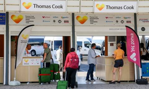 Thomas Cook: Γιατί βάρεσε «κανόνι» ο ταξιδιωτικός κολοσσός; - Όλο το χρονικό της κατάρρευσης