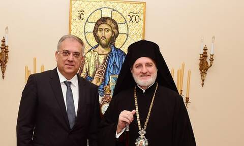 Θεοδωρικάκος: Βουλευτές και κόμματα να ακούσουν τη φωνή της ομογένειας