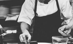 Τραγωδία: Πέθανε ξαφνικά πασίγνωστος σεφ - Συμμετείχε σε εκπομπές της τηλεόρασης (pics)