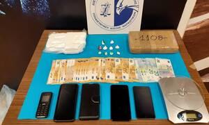 Κερατσίνι: Οι «ακτίνες Χ» έφεραν στο φως δυο κιλά κοκαΐνη - Τρεις συλλήψεις (pics)
