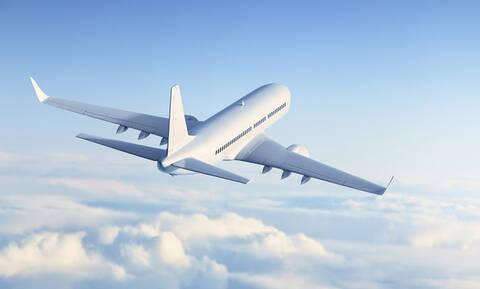Έχεις παρατηρήσει ότι το φαγητό του αεροπλάνου δεν έχει ποτέ ωραία γεύση; Υπάρχει λόγος