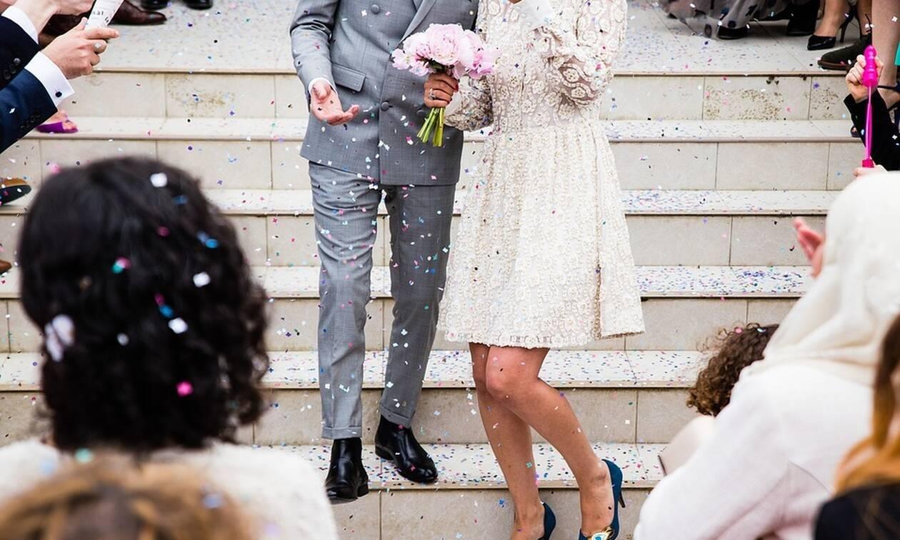 Λάρισα: Άγριο ξύλο σε γάμο - Δείτε τι έκανε η νύφη (pics)