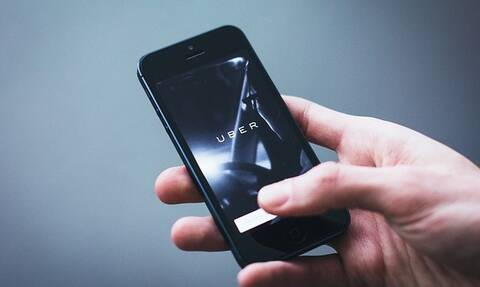 Uber: Λαμβάνει δίμηνη άδεια λειτουργίας στο Λονδίνο με νέους κανόνες ασφαλείας