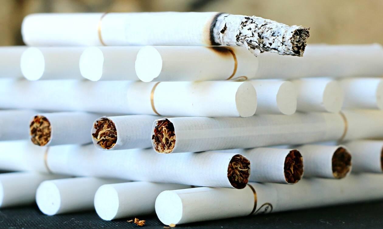 Κηφισιά: Έκρυβαν δεκάδες χιλιάδες πακέτα λαθραίων τσιγάρων σε αποθήκη