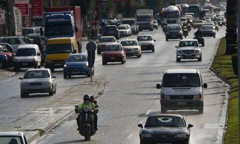 «Κόλαση» ο Κηφισός - Ποιους δρόμους να αποφύγετε στην Αθήνα - Πού έχει κίνηση