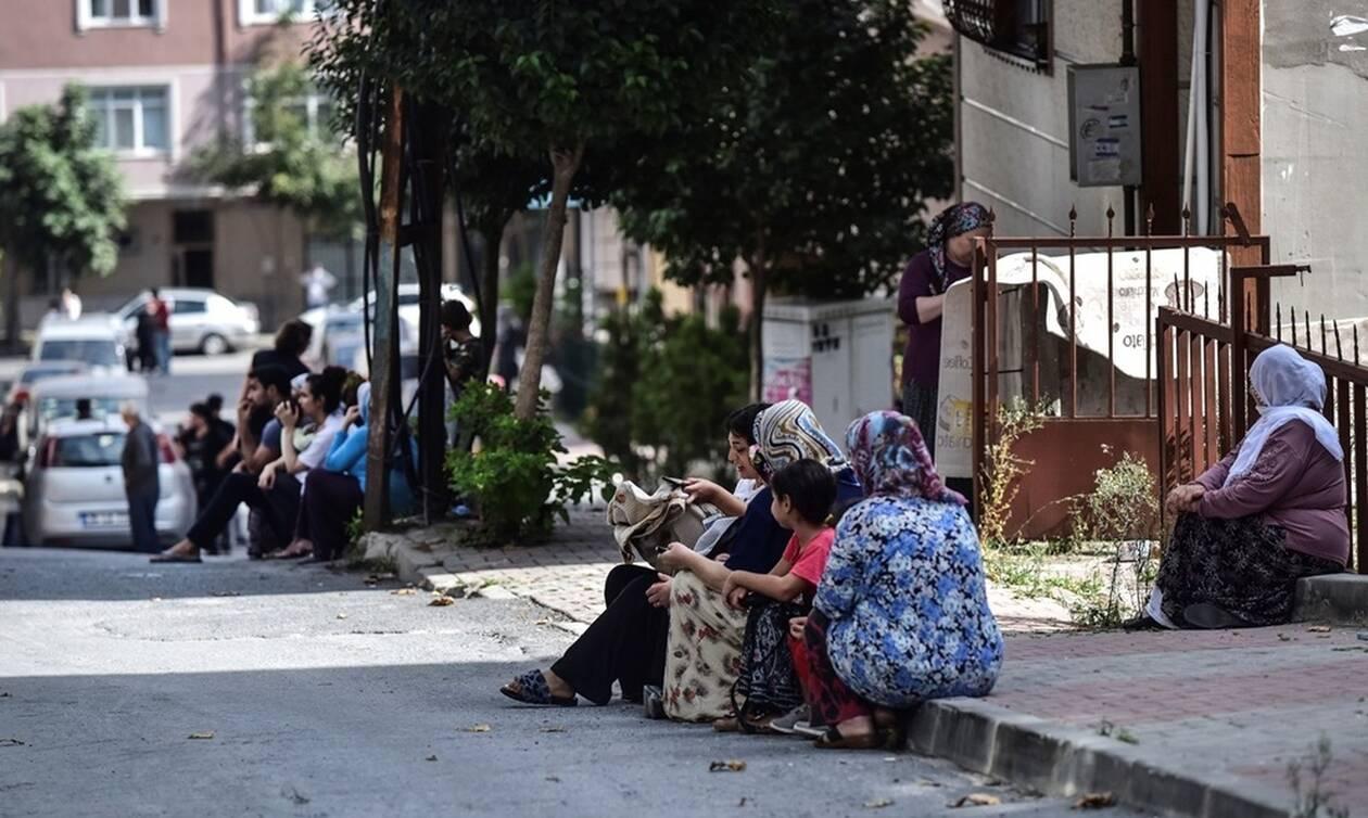 Σεισμός Κωνσταντινούπολη: Τρέμει η γη από τους μετασεισμούς – Πανικός και καταστροφές (pics+vids)