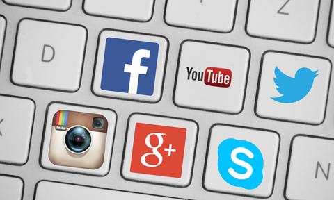 Εικόνες ΣΟΚ: Influencer με χλιδάτη ζωή στα social – Το μυστικό της άφησε άφωνους τους πάντες (pics)