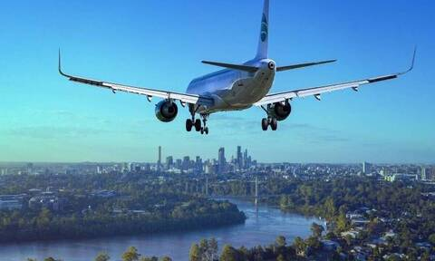 Απίστευτο: Αναγκαστική προσγείωση αεροπλάνου με αυτό που έκανε επιβάτης - Δείτε τι έγινε (pics)