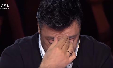 X-Factor: Δάκρυσαν οι κριτές - Η συγκλονιστική ερμηνεία που τους «λύγισε»