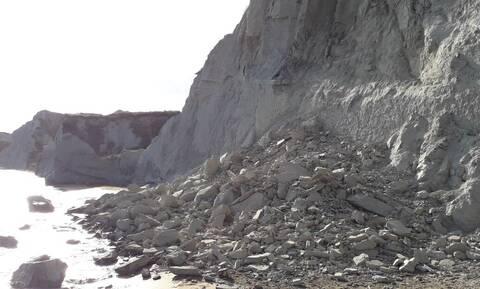 Κεφαλονιά: Κατολίσθηση στην παραλία «Ξι» - Κινδύνευσαν λουόμενοι (pics)