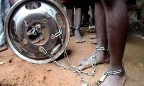 Νιγηρία: Φρίκη σε σχολείο - Βρέθηκαν αλυσοδεμένα εκατοντάδες αγόρια (ΠΡΟΣΟΧΗ ΣΚΛΗΡΕΣ ΕΙΚΟΝΕΣ)