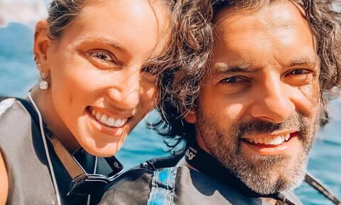 Η Αθηνά Οικονομάκου μόλις δημοσιεύσε την πιο καυτή φωτογραφία στην αγκαλιά του Φίλιππου Μιχόπουλου