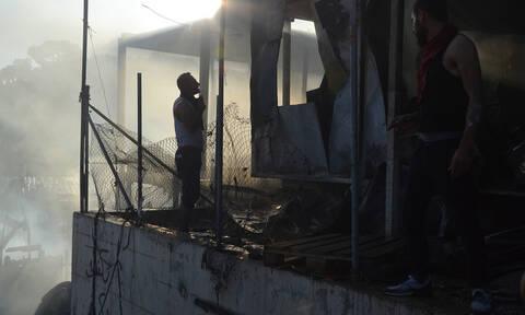 Τραγωδία στη Μόρια: Μία γυναίκα και ένα παιδί νεκροί από πυρκαγιά - Επεισόδια και συμπλοκές