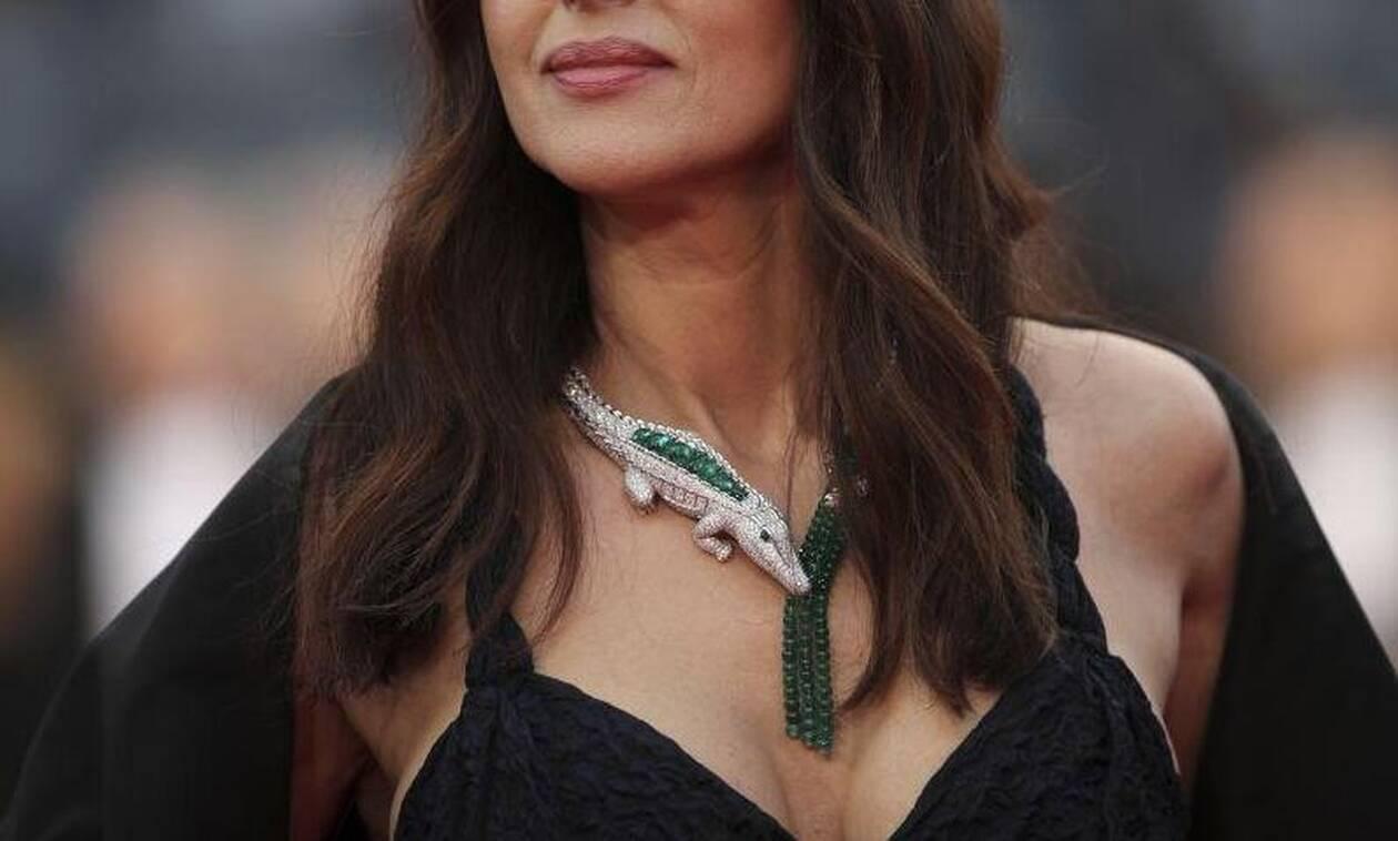Πώς γίνεται; Η διάσημη ηθοποιός έκλεισε τα 55 αλλά φαίνεται νεότατη (pics)