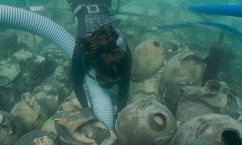 Βρέθηκε ναυάγιο 1.700 ετών με περισσότερους από 100 αμφορείς με λάδι και κρασί (pics+vid)