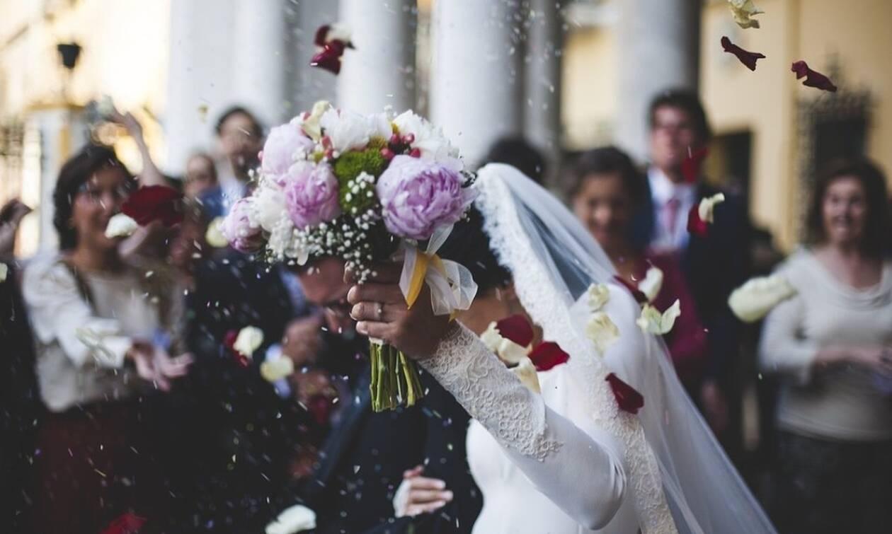 Χαμός σε γάμο στην Κοζάνη: Δείτε τι έκανε η νύφη (pics)