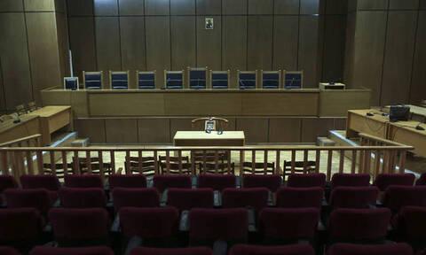 Δίκη Χρυσής Αυγής: Ξεκινούν οι απολογίες πρώην βουλευτών για διεύθυνση εγκληματικής οργάνωσης