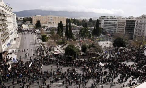 Απεργία: «Παραλύει» η χώρα την Τετάρτη 2 Οκτωβρίου - Δείτε ποιοι απεργούν