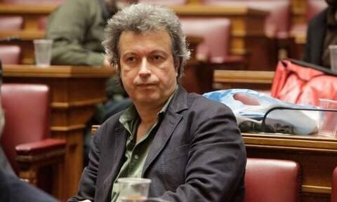 Πέτρος Τατσόπουλος: Λιποθύμησε σε εκπομπή του ALPHA – Δείτε το βίντεο