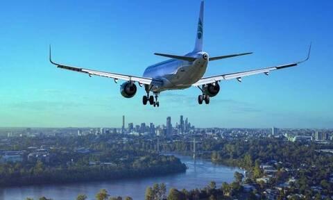 Πτήση θρίλερ: Άνδρας βρέθηκε νεκρός μέσα στο αεροπλάνο