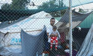 Προσφυγικό: Σε οριακό σημείο η Μυτιλήνη – Έφτασαν 243 άτομα σε 14 ώρες (pics+vid)