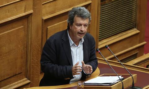 Πέτρος Τατσόπουλος: Τι αποκαλύπτει ο γιατρός που ήταν στο στούντιο όταν λιποθύμησε on air