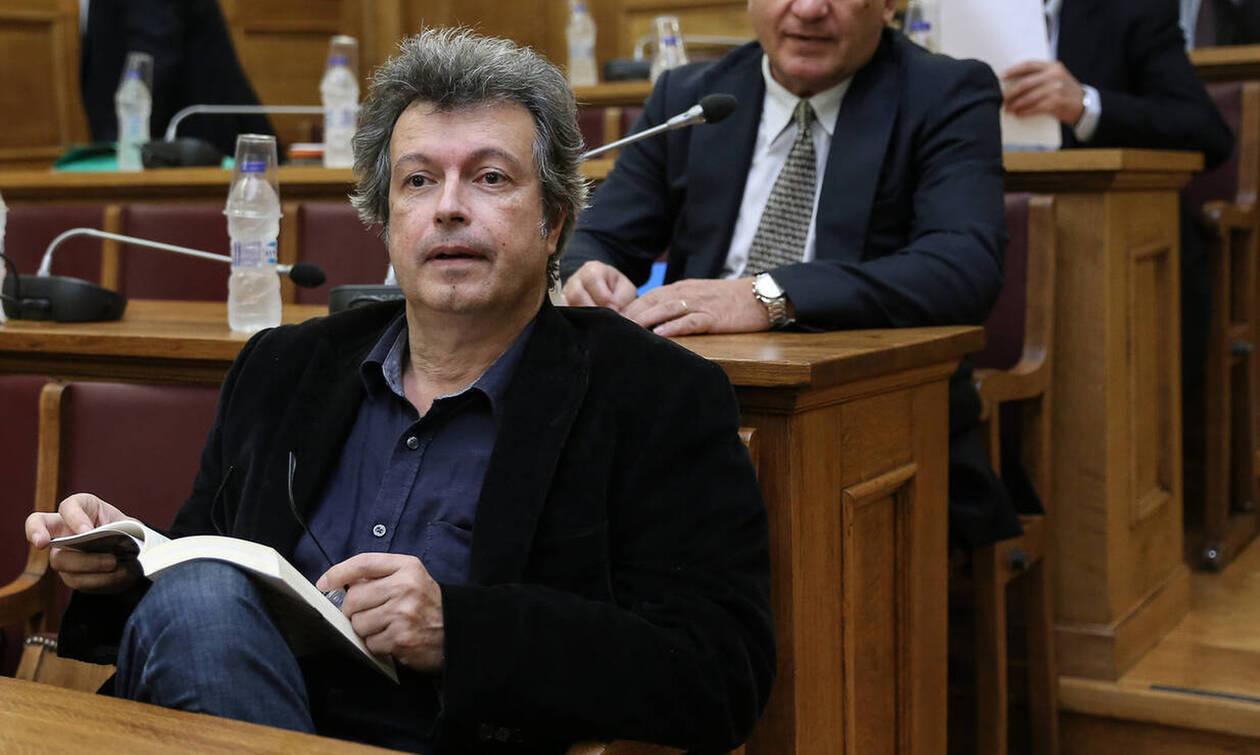 Πέτρος Τατσόπουλος: Αγωνία για τον συγγραφέα - Κρίσιμες οι επόμενες ώρες