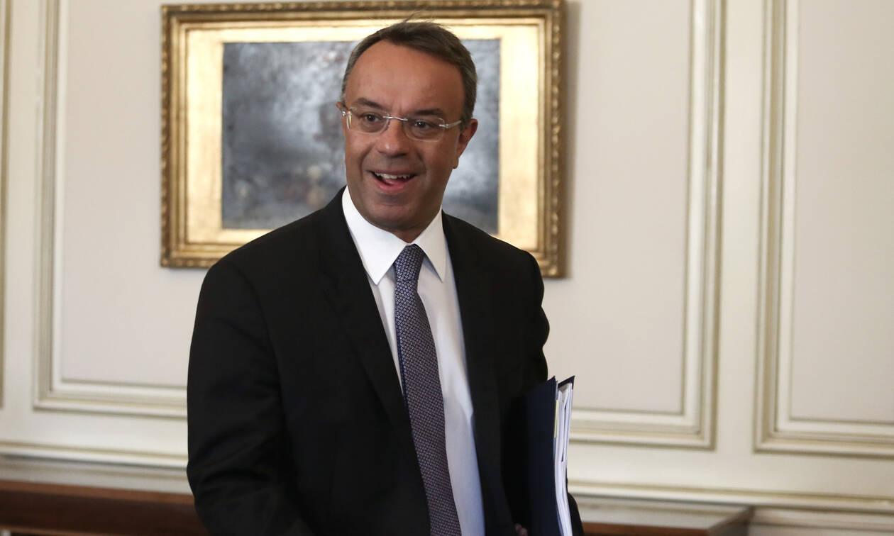 Προϋπολογισμός 2020: Γράφουν - σβήνουν στο υπουργείο Οικονομικών - Πότε θα κατατεθεί