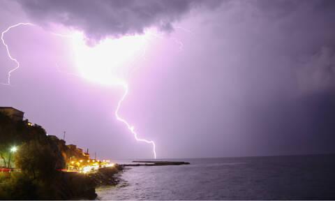 Έκτακτο δελτίο επιδείνωσης καιρού: Έρχονται ισχυρές βροχές και καταιγίδες - Πού θα «χτυπήσουν»
