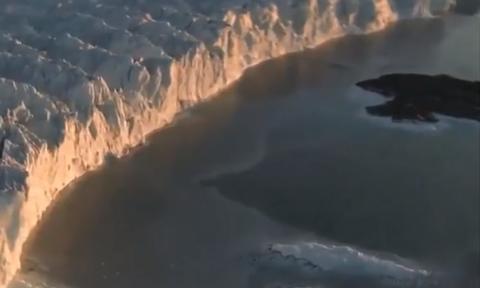 Σοκ και δέος: Αποκολλήθηκε το μεγαλύτερο παγόβουνο των τελευταίων 50 ετών... (Video)
