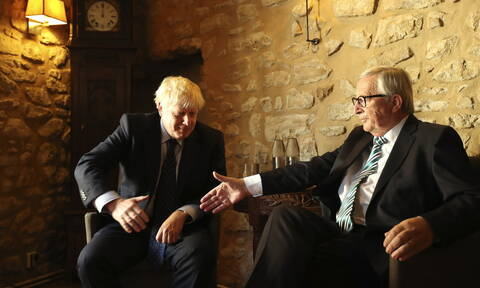 Brexit: Η πρόταση του Τζόνσον είχε «προβληματικά σημεία» σύμφωνα με τον Γιούνκερ