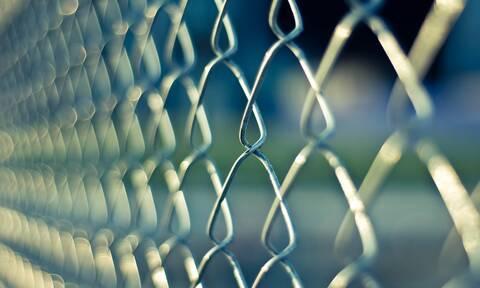 Βίντεο - σοκ: Σωφρονιστικοί υπάλληλοι βασανίζουν κρατούμενους