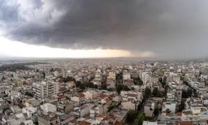 Καιρός: Ισχυρή και απρόβλεπτη καταιγίδα στην Αττική -  7.000 κεραυνοί στο σύνολο της χώρας
