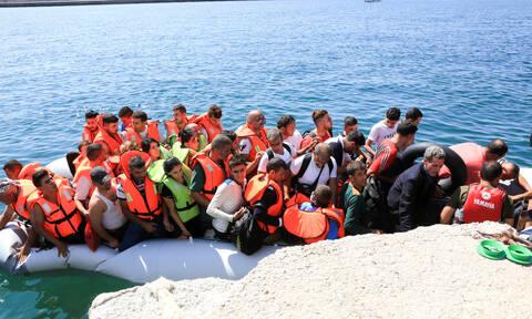 Κραυγή αγωνίας από τον δήμαρχο Σύμης: «Κινδυνεύουμε με ξεσηκωμό των μεταναστών»