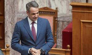 Βουλή LIVE: Η ώρα πρωθυπουργού - Ο Μητσοτάκης απαντά στον Βαρουφάκη για το προσφυγικό