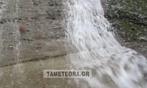 Καιρός: Καταρράχτες στα Μετέωρα - «Ποτάμι» η εθνική οδός Τρικάλων - Λάρισας