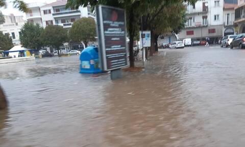 Καιρός; Ποτάμια οι δρόμοι στην Τρίπολη - Η κακοκαιρία σφυροκοπά την Πελοπόννησο