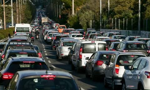 ΤΩΡΑ: «Κόλαση» οι δρόμοι της Αθήνας - Πού εντοπίζονται προβλήματα (pics)
