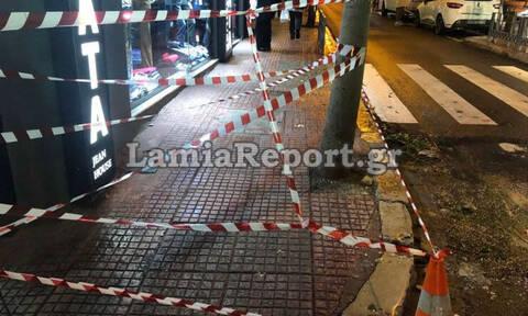 Παραλίγο τραγωδία στη Λαμία: Έπεσε μαρκίζα κτηρίου - Από τύχη γλίτωσε 20χρονος (pics)