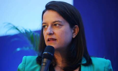 Ζήτησαν 1.500 ευρώ για ενοίκιο από καθηγήτρια στη Σαντορίνη - Η παρέμβαση της Κεραμέως