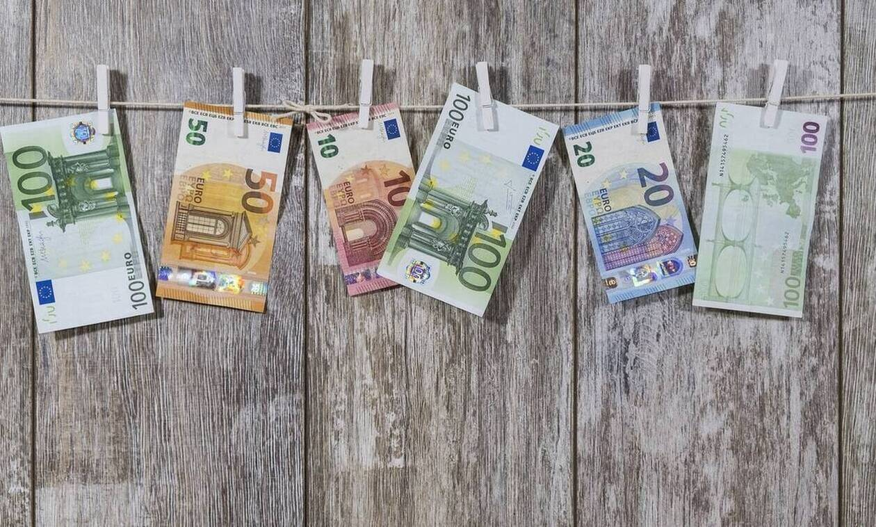 Αναδρομικά: Ποιοι μπορούν να διεκδικήσουν έως και 7.340 ευρώ μετά τη «βόμβα» του ΣτΕ