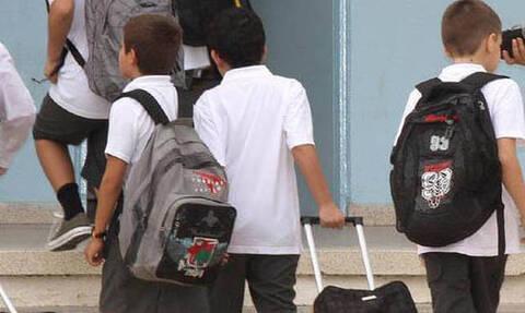 Κύπρος: Περιστατικά με αγνώστους σε σχολεία - Εκπαιδευτική ψυχολόγος εξηγεί τι θα πείτε στα παιδιά